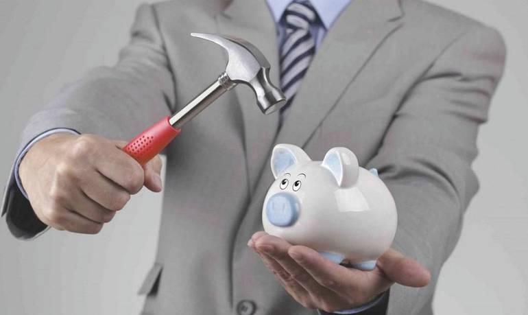 Что делать, если коллекторы требуют вернуть долг